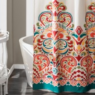BOTTOM 1104X660_SHOWER CURTAINS_4